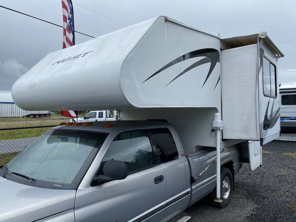 Photo 2005 HOST 8ft 6in McKinley 1 SLIDES Air Con Electric Jacks - $16975 (Creswell, OR Oregon West RV 541-972-5718)