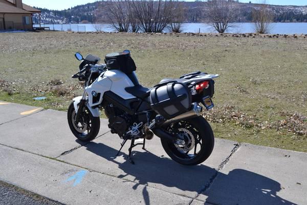 Photo 2012 BMW F800R - $5,220 (Klamath Falls)