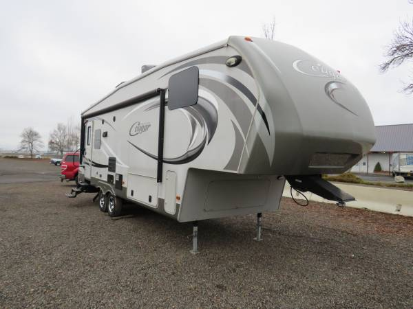 Photo 2014 Keystone Cougar High Country 291 RLS quotPrice Reducedquotd - $23,990 (Western Auto And RV (Medford))