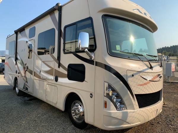Photo 2016 Thor Motor Coach ACE 29.2 ST22419 - $68,888 (RIVER CITY RV - GRANTS PASS)
