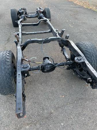 Photo 94 CHEVY S10 long wheel base rolling Chassis power steering disc brakes - $450 (Medford)