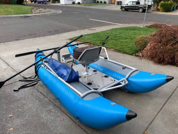 Photo Bad Cat Pontoon Boat for sale - $1,250 (Central Point)