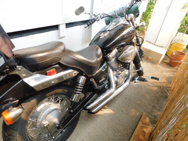 Photo Beautiful 2007 Honda Shadow - $3,200 (shady cove)