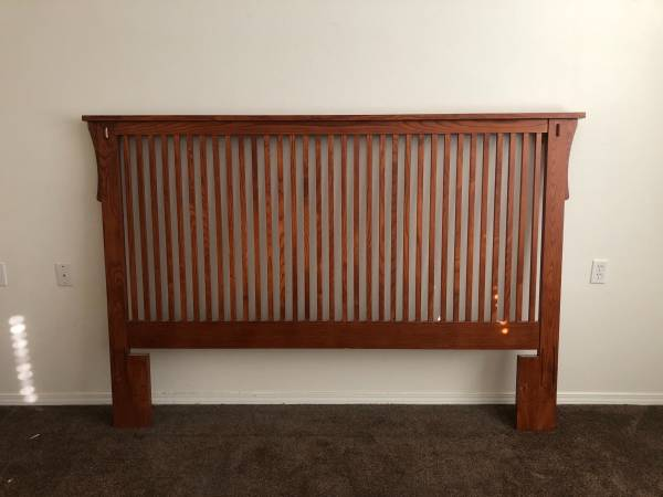 Photo Cal King Mission style headboard and Plush Mattress - $300 (Grants Pass)
