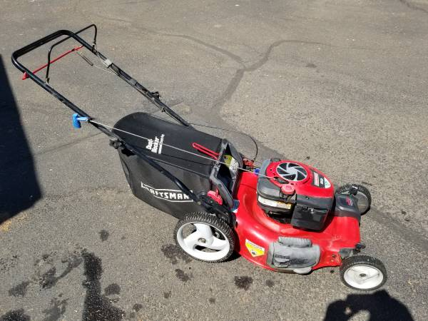Photo Craftsman Gold Series Self Propelled Lawn Mower With Bag - $200 (Phoenix)