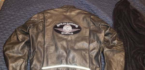Photo Harley Davidson mens leather jacket xl - $200 (Grants pass)