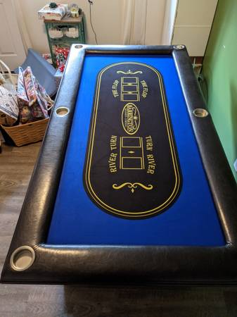 Photo High End Poker Table - $200 (Grants Pass)
