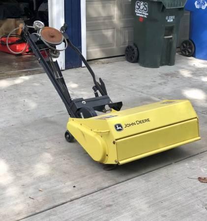 Photo John Deere garden tractor tiller attachment - $150 (White City)