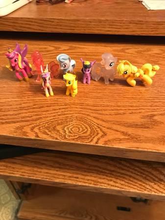 Photo My Little Ponys - $5 (Medford)