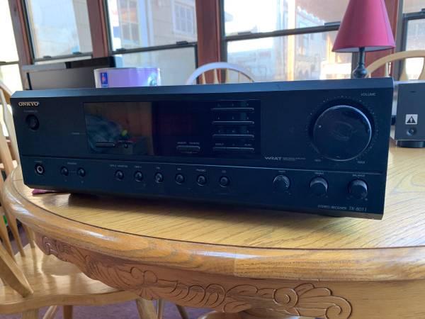 Photo Onkyo receiver - $30