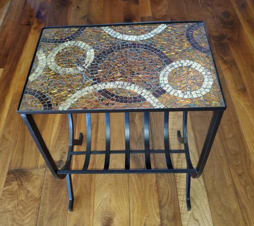 Photo Pier 1 Magazine End Table - Mosaic Glass - $65 (Medford)
