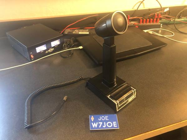 Photo SHURE 444-D HAM RADIO MICROPHONE - $100 (NORTH GRANTS PASS)