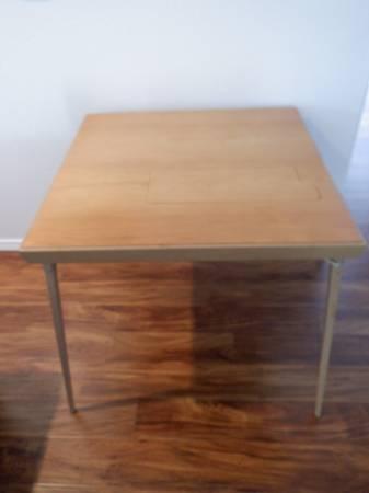 Photo Singer Sewing Machine Table 301 Shortbed Foldup - $250 (Medford)