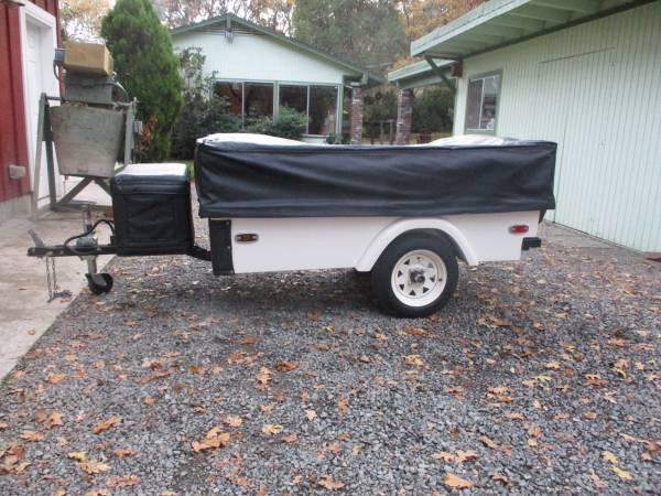 Photo Windward motorcycle tent trailer - $1700 (Medford)