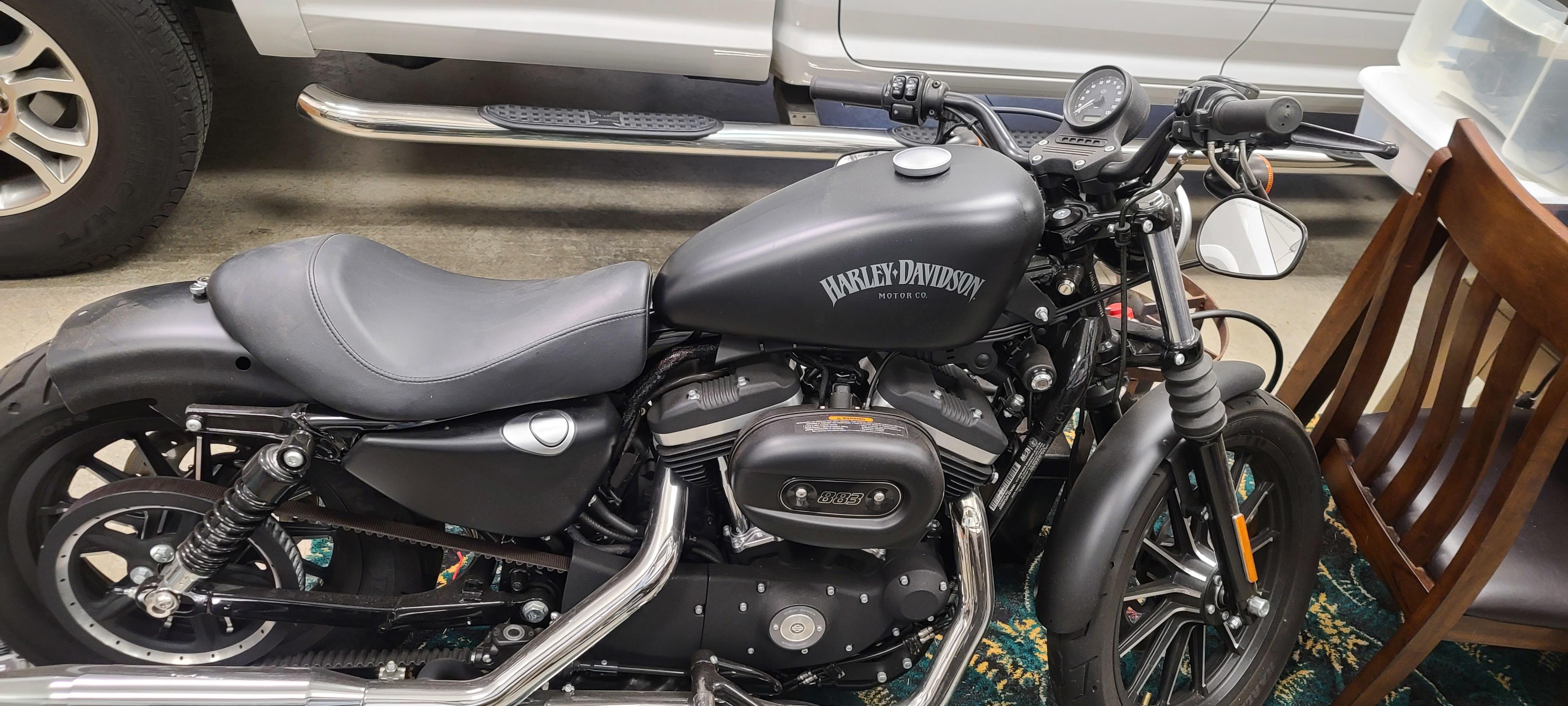 Photo 2015 Harley-Davidson SPORTSTER 883 IRON $6500164.45164.45