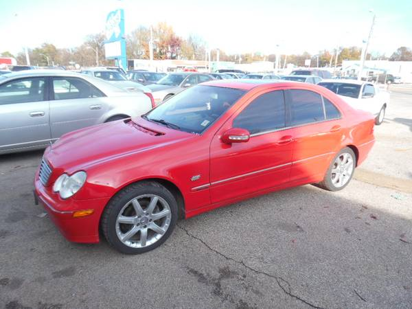 Photo 2003 Mercedes C230 Kompressor - SPORTY RED CAR - MUST SEE - $3499 (MEMPHIS, TN)