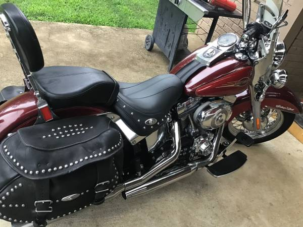 Photo 2008 Harley Heritage Soft Tail - $7,500 (Southaven Ms)