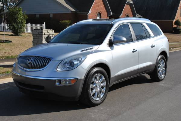 Photo 2012 Buick Enclave Sport Utility, Low Miles, Loaded, SUPER NICE..... - $10500 (Bartlett)
