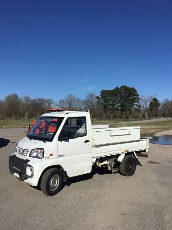 Photo 2012 Vantage Primo Mini Utility Truck w Side Tool Boxes - $4500