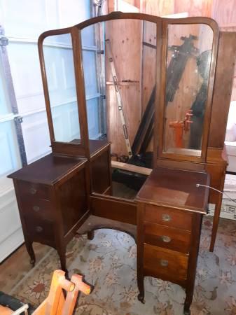 Antique Vanity Dresser 200 Furniture For Sale Memphis Tn Shoppok