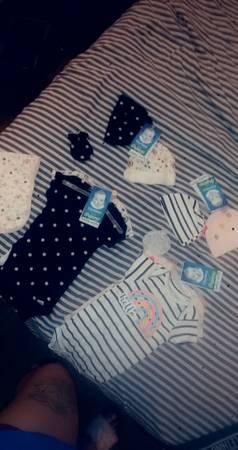 Photo Baby girl clothes - $25 (Memphis)