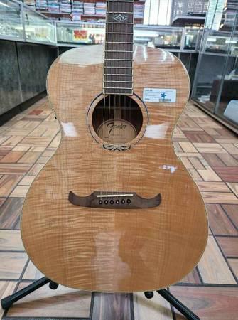 Photo Fender Acoustic Guitar . T-Bucket 350-e-Nat.. - $360 (Bestpawn)