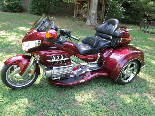 Photo HONDA GOLDWING GL 1800 W CSC VIPER TRIKE KIT CONVERSION - $19,500 (Rome,GA)