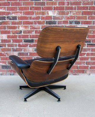 Photo Herman Miller Eames Lounge Chair and Ottoman- NEW - $800 (memphis)