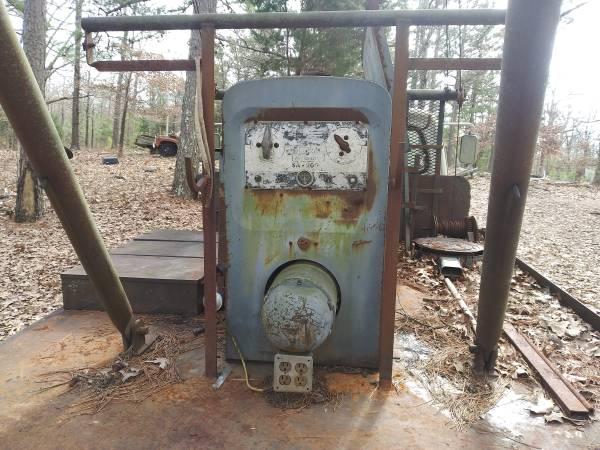 Photo Lincoln SA-200REDUCED - $1200 (Brookland)