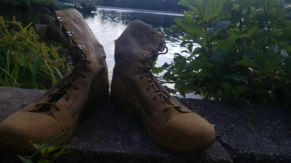 Photo OCP Tan Danner Boots Size M12 - $110 (Olive Branch)