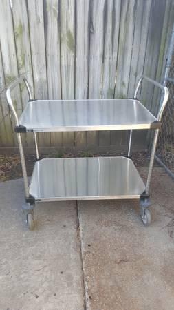 Photo Stainless Steel Commercial Grade Medical or Restaurant Cart - $175 (Memphis TN)