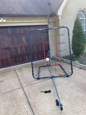 Photo Swing Away Pro XXL Baseball - $150 (Collierville)