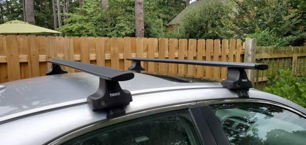 Photo Thule Roof Rack System - $300 (Germantown)