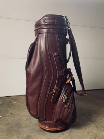 Photo Vintage genuine leather golf bag - $400 (Cordova)