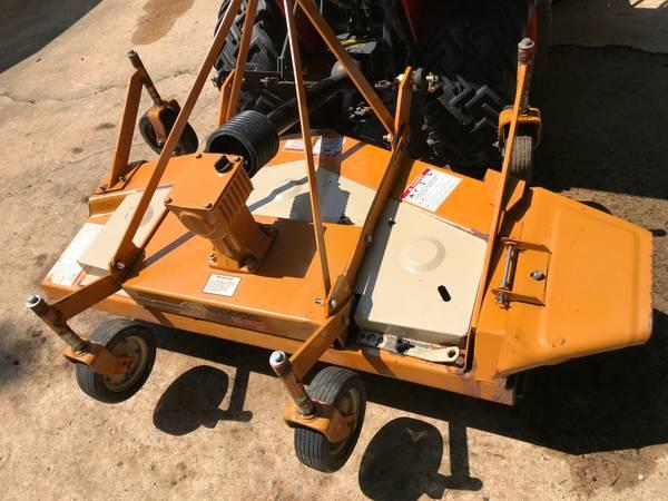 Photo Woods 60quot rear mount finish mower - $1,000 (Millington)