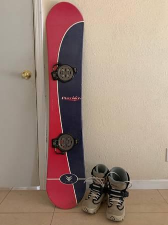 Photo 147cm Vision Snowboard, Clicker Bindings and Men39s Size 6.5 Nitro Boot - $225 (Arden Arcade)