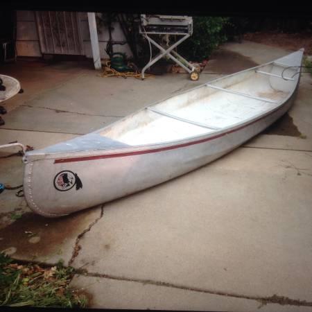 Photo 15  17 aluminum canoe - $440 (Sacramento)