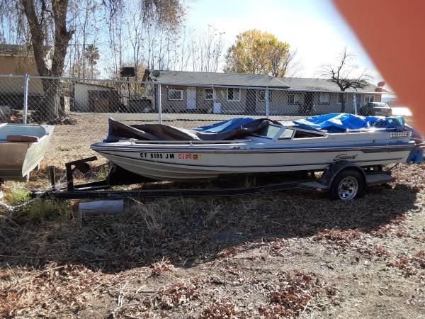 Photo 1978 Seaswirl Spyder V6 boat - $500