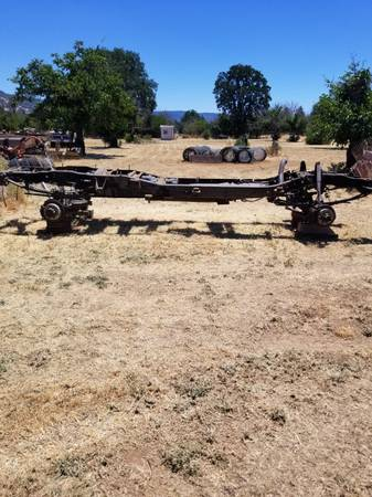 Photo 2000 F350 front end and rear end - $1,200 (Nice)