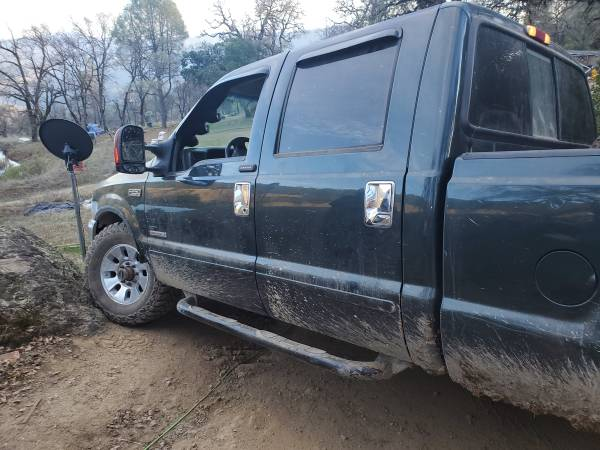 Photo 2003 ford f250 4x4 super duty turbo diesel for sale or trade 8500$ obo - $8500 (Willits)