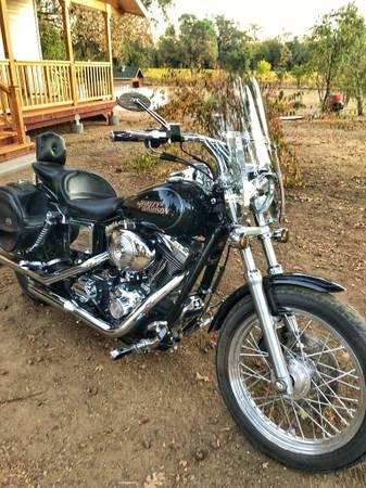 Photo 2009 Dyna Glide Harley Davidson - $8,500 (Redwood Valley)