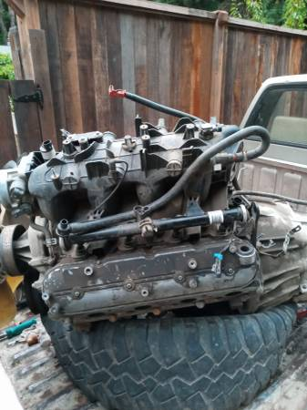 Photo 5.3 GM Vortec LS1 small block Chevrolet with transmission - $500 (FORT BRAGG)