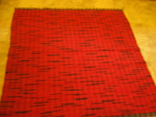 Photo 5 Ft. by 5Ft. Red and Black Recycled wool rug - $400 (Ukiah)