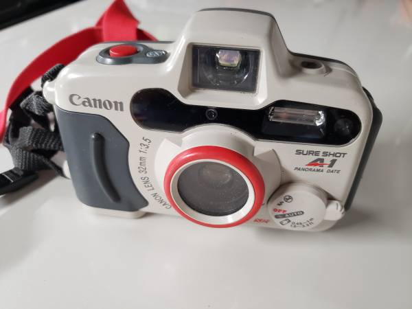 Photo Canon Sure Shot A1 Waterproof Film Camera - $65 (North Highlands)