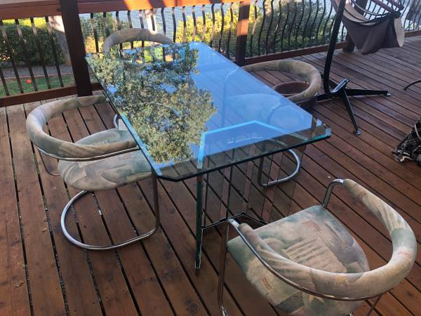 Photo Dining Room Table High End Beveled Glass - $600 (Kelseyville)