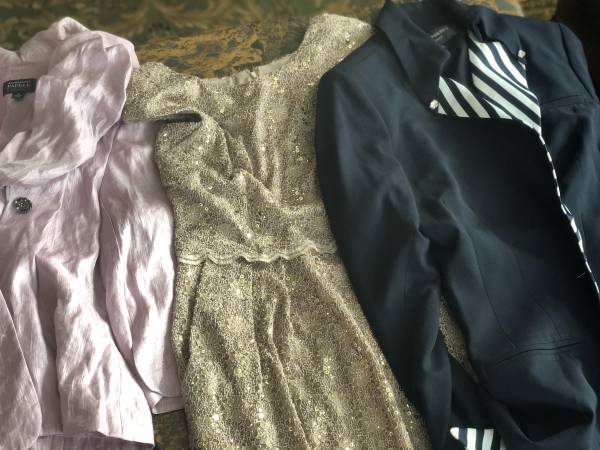 Photo Excellent clothes different size beautiful cheap - $5 (North Natomas)