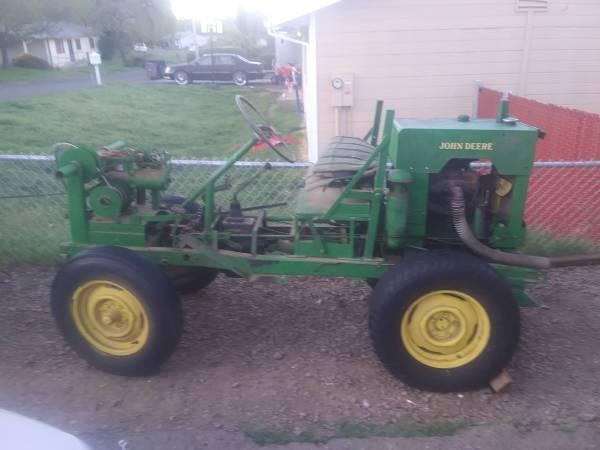 Photo John deer tractor - $1,500 (Redwood Valley)
