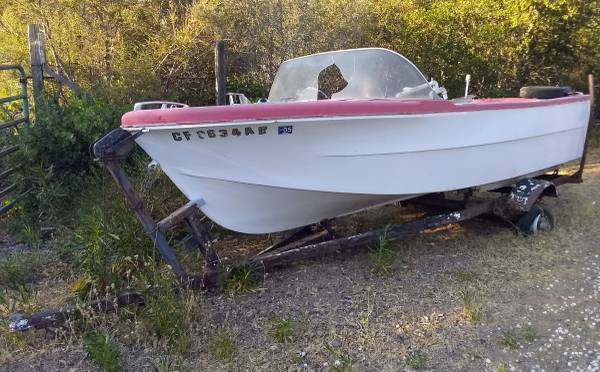 Photo No paperwork as is FREE BOAT AND TRAILER. This boat is setup for an outboard mot (Kelseyville)