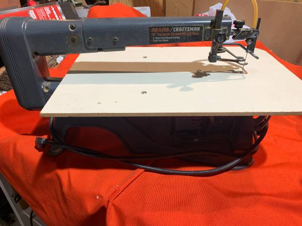 Photo Scroll Saw 16 Variable Speed Craftsman Direct Drive cast iron base - $120 (Boonville)