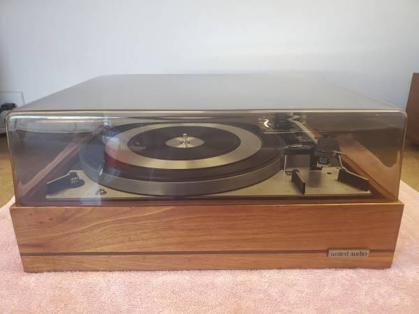 Photo Vintage Dual 1219 Turntable - $275 (ChicoParadise)